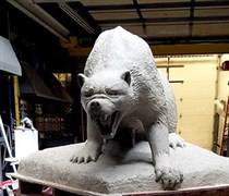 Class of 2019 gives campus a mascot monument