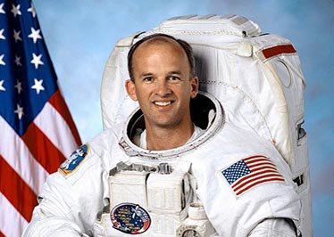 Astronaut to deliver Commencement address