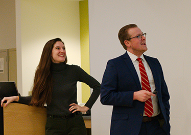 Chemistry alums share graduate experience with current...