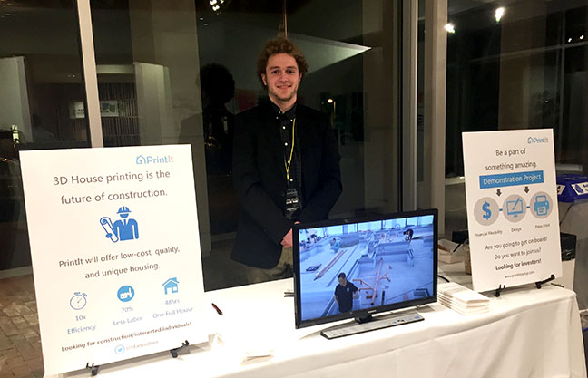 Student's innovative pitch attracts startup accelerator's attention