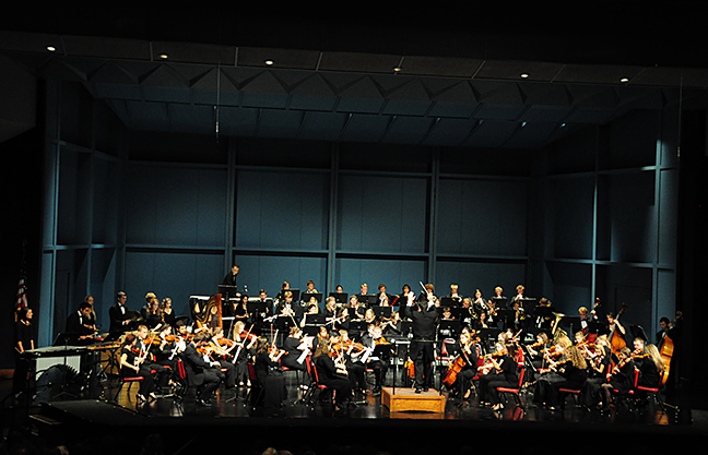 A night at the opera with the college orchestra